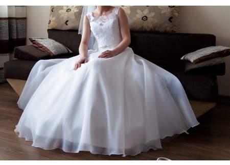 śliczna Suknia ślubna 3638r Kolekcja Ms Moda Katowice