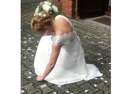 Suknia ślubna W Stylu Rustykalnym Koronka Kolor Ivory Rozm 36