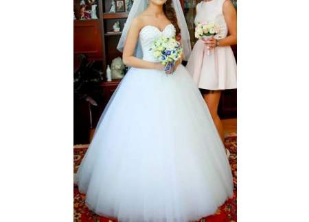 14c1ea2418 Wyjątkowa suknia ślubna typu princeska. (Łochów)