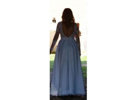 Suknia ślubna Z Wyciętymi Plecami I Z Długim Rękawem Toruń
