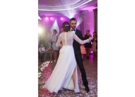 Suknia ślubna Na Długi Rękaw Z Muślinowym Dołem Rzeszów