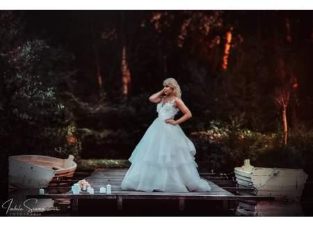 3bdd54cc26 Piękna suknia ślubna (Syców)