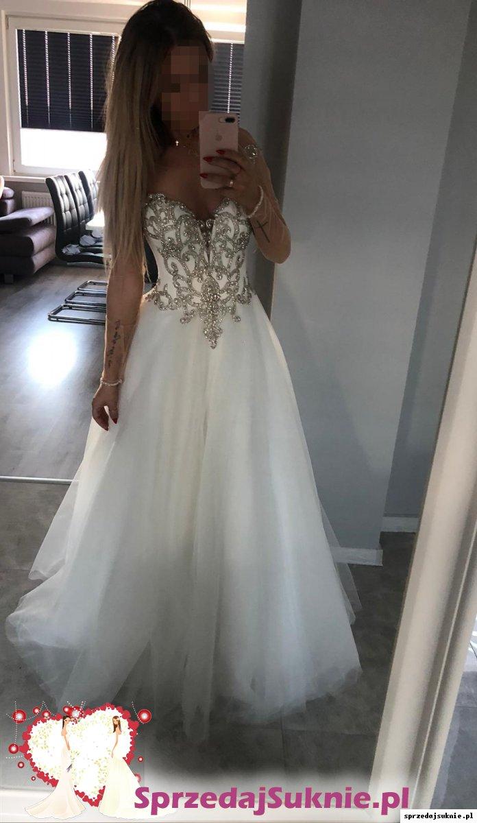 Przepiękna suknia ślubna Swarovski