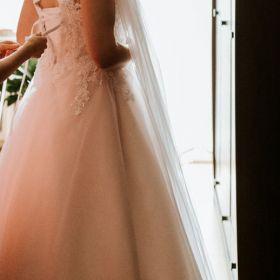 Sprzedam suknię ślubną rozmiar 40 42 44 pudrowy róż brokat