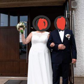Piękna suknia ślubna z koronką OKAZJA
