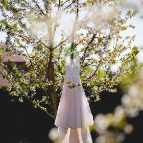 Suknia ślubna Justin Alexander model 8852