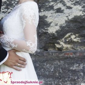 Lekka i dziewczęca suknia ślubna
