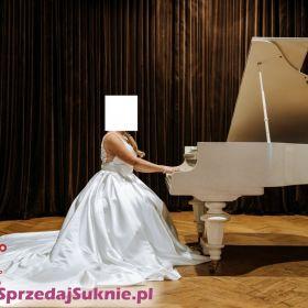 suknia ślubna satynowa