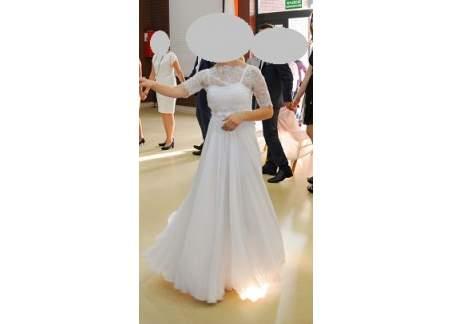 Delikatna suknia ślubna typu greckiego
