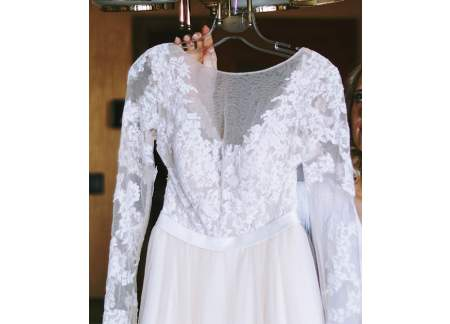 Suknia ślubna AMY LOVE to połączenie sukni Nela i Lauri