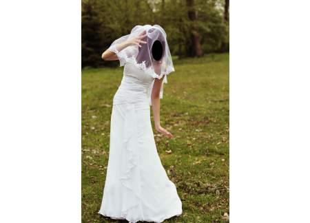Suknia ślubna - Elegancka, delikatna, biała, jednoczęściowa