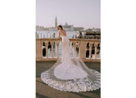 Suknia ślubna marki Pronovias Atelier Model Romeo 2018 r.