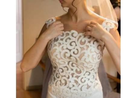 Włoska suknia od Lanesty, model Vivaldi, rozmiar 38, odkryte plecy, tren
