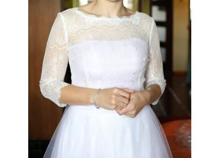 Suknia ślubna na wysoką dziewczynę / fioletowy odcień tiulu