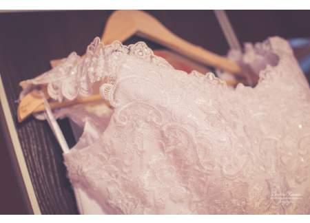 Suknia z koronki