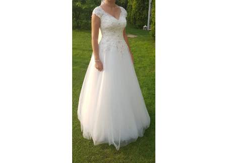 Suknia ślubna błyszcząca roz.36 kryształki, tren, welon, kolor śmietanka