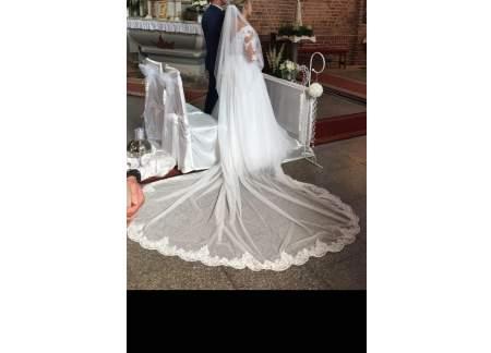 Suknia ślubna z odpinanym trenem+welon i pokrowiec gratis.