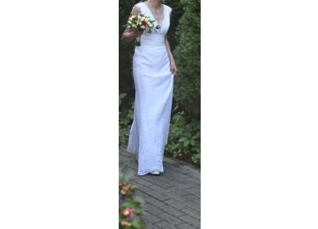 Piękna suknia koronka