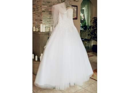 Suknia ślubna welon diadem komin